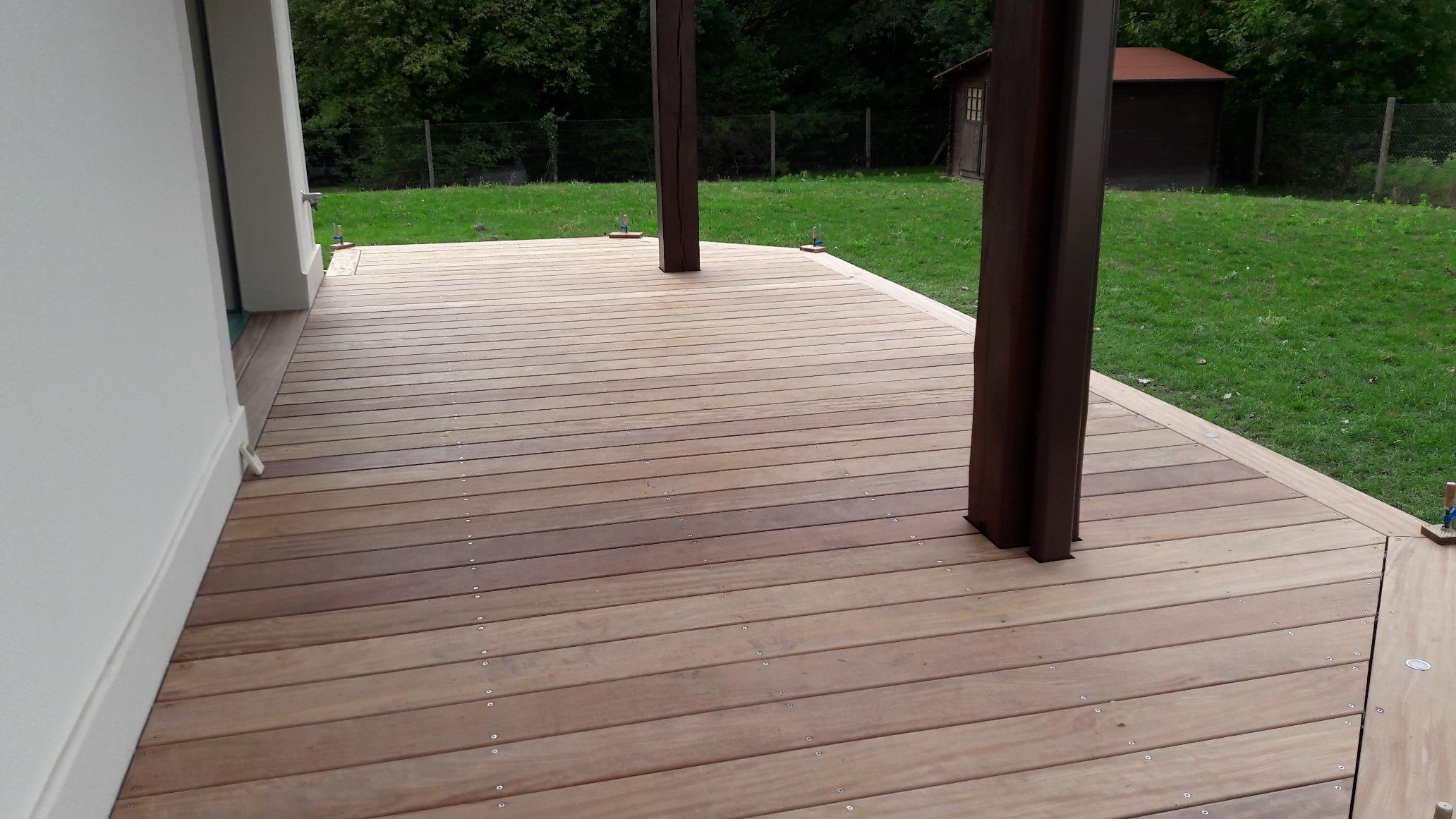 pr paration le guide des terrasses en bois pour. Black Bedroom Furniture Sets. Home Design Ideas