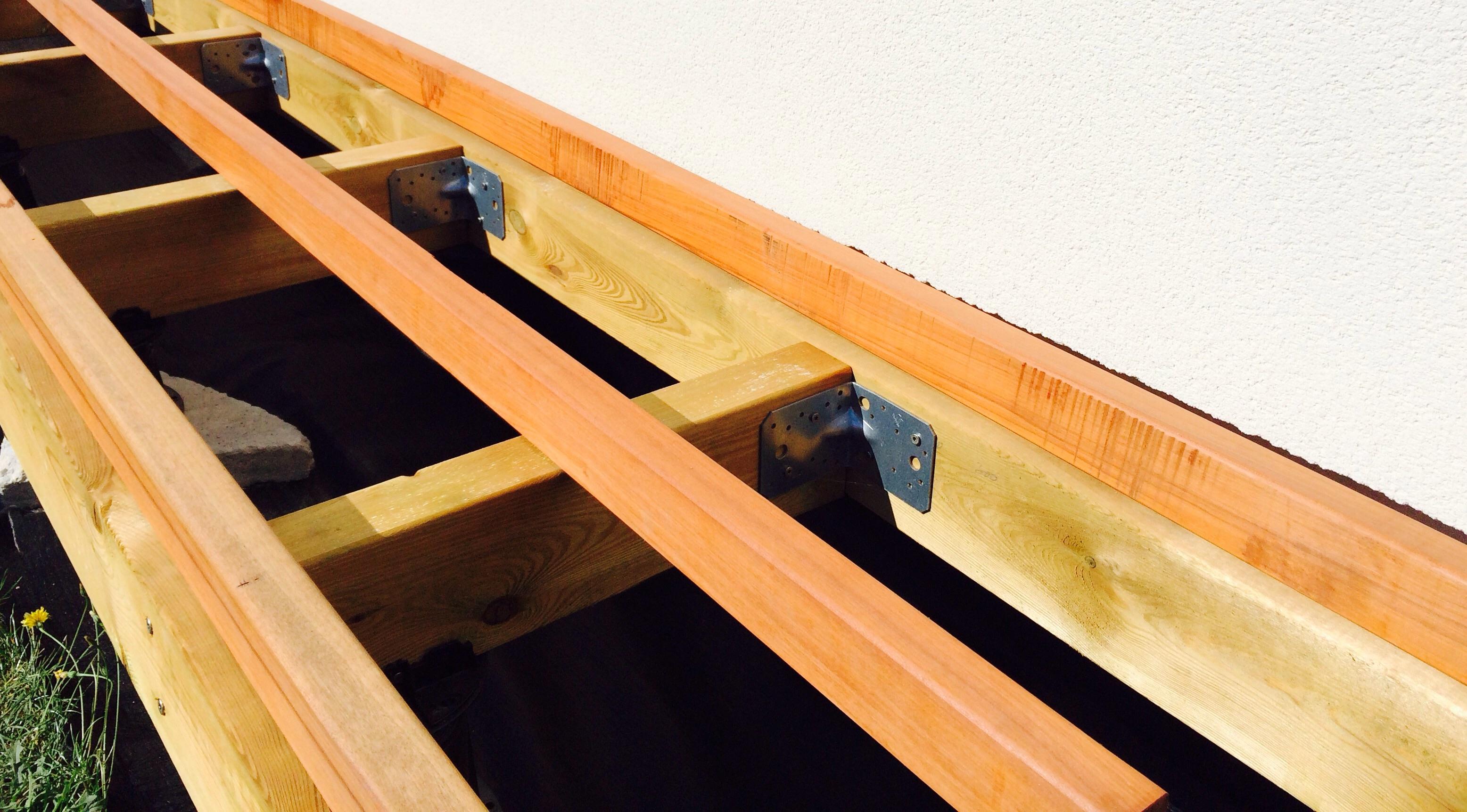 Guide de construction des terrasses en bois terrasse en - Structure de terrasse en bois ...