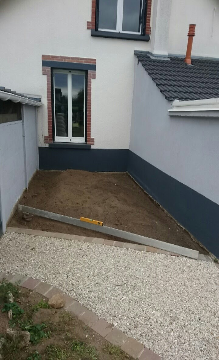 Terrasse bois ras de sol for Terrasse en composite sur sol meuble