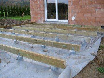 sur poutres porteuses cyrille terrasse en bois comment construire votre guide. Black Bedroom Furniture Sets. Home Design Ideas